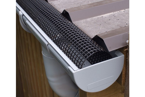 Gutter-Netting-High-Quality.jpg