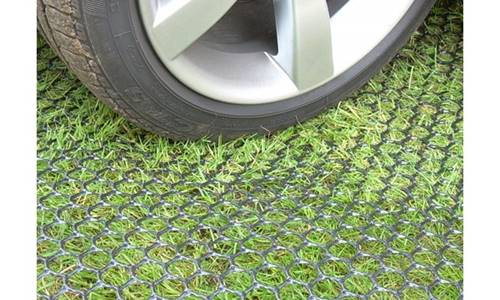 turf-mesh-1-car-parked2jpg